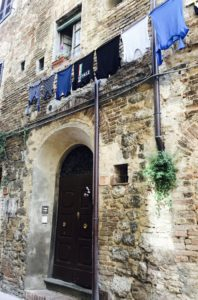 being lost | Laundry day in San Gimignano